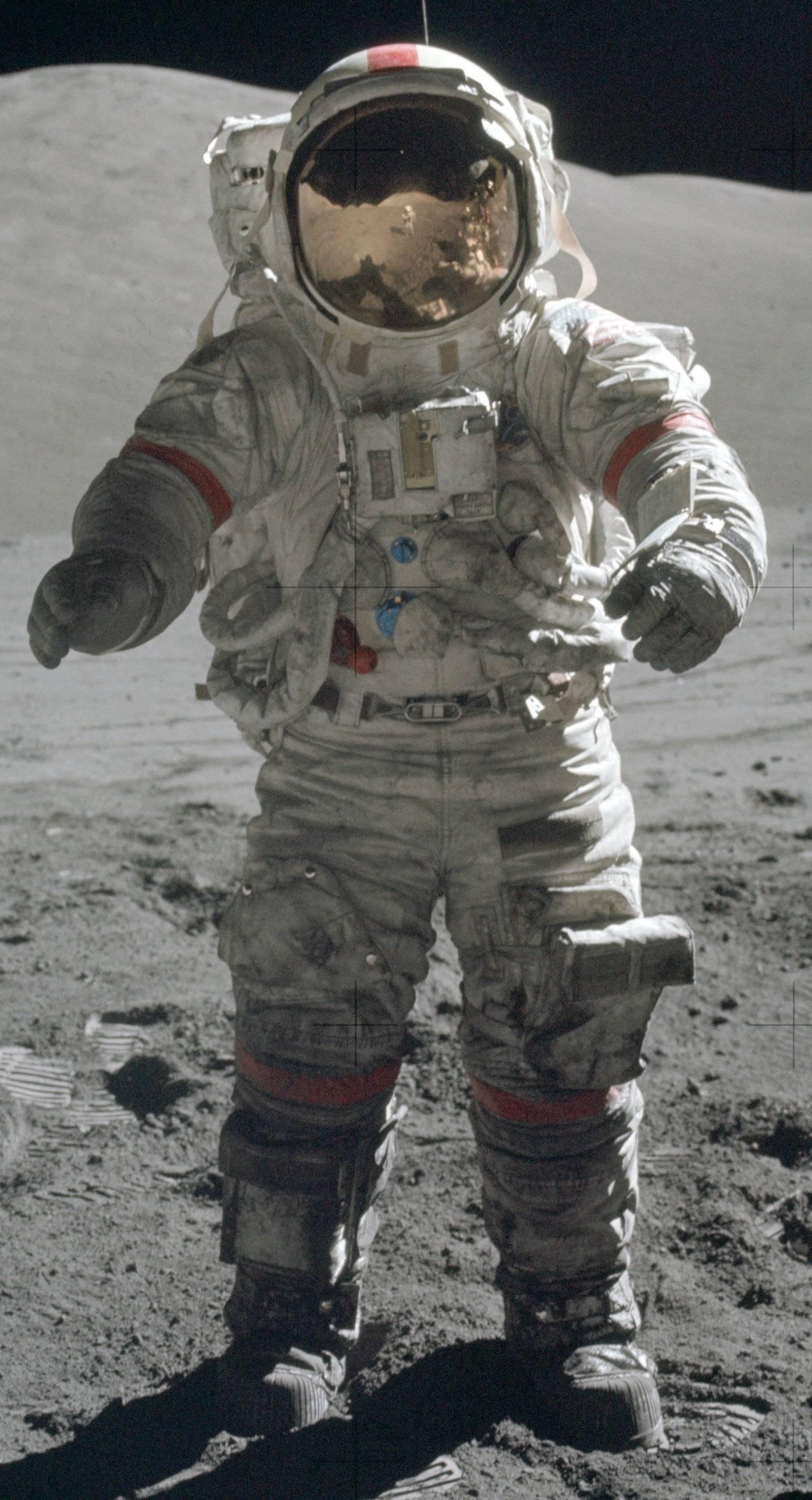 Apollo EV A7LB PGA EV suit